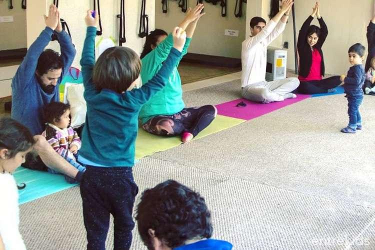 Arte y yoga para niños y familias, Centro Cultural GAM