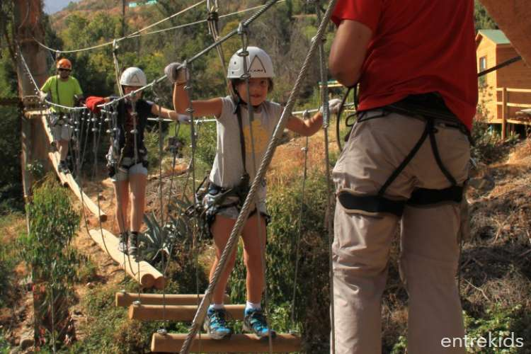 Canopy y juegos de cuerdas en Parque Aguas de Ramón