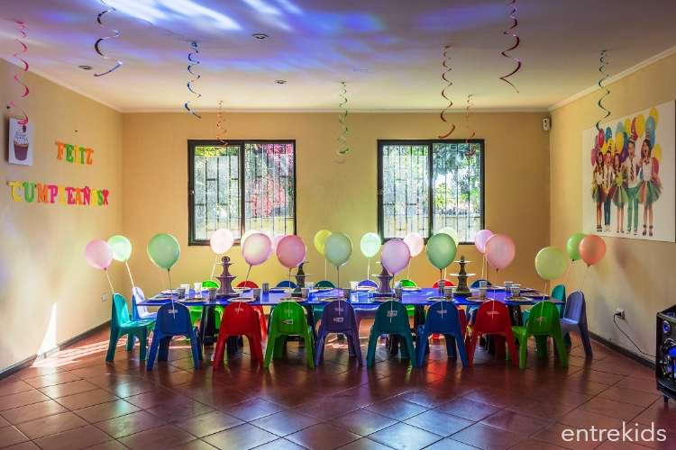 Cumpleaños para 15 niños en Club Entrete