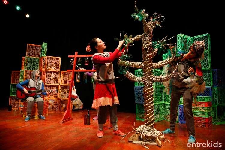 Obra de Teatro: Crisálida y el dragón reciclador