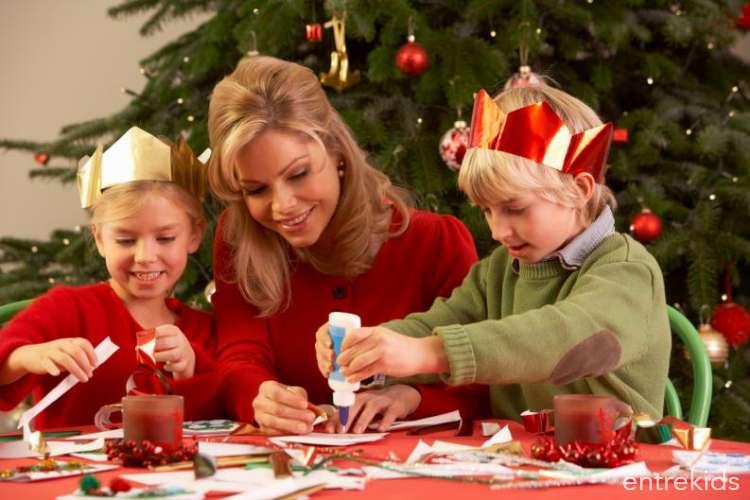 Taller de manualidades navideñas en Baobab Café