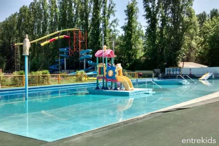 Dia completo para la familia en Parque Acuático Aquabuin