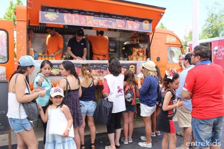 Juegos inflables acuáticos y food trucks en el Bicentenario