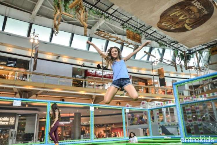 Salta en Coney Jump - Mall Sport