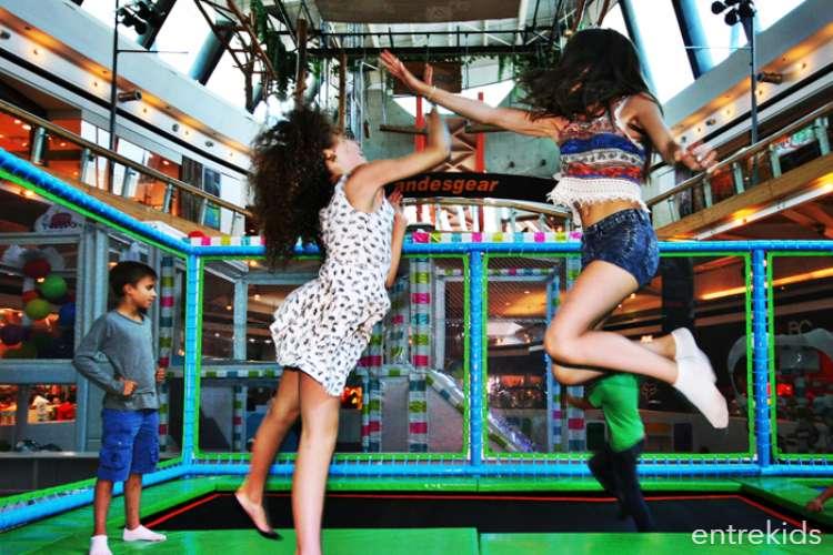 Salta en Coney Jump - Mall Sport
