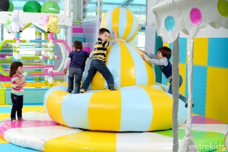 Entrada Niño en Yukids - Mall Plaza Vespucio