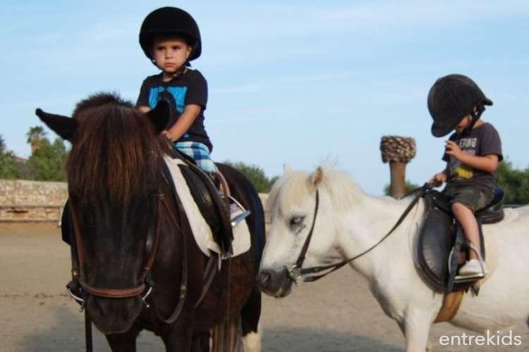 """Clase de prueba en """"Club de Equitación El Oliveto"""""""