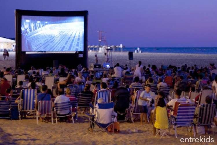 """""""Sunset Cinema"""" cine al aire libre en Reñaca"""