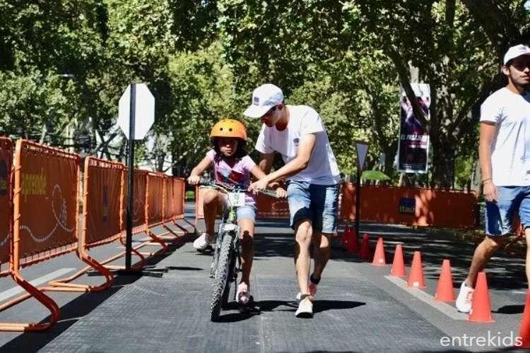 Aprende a andar en bicicleta en la BiciEscuelita