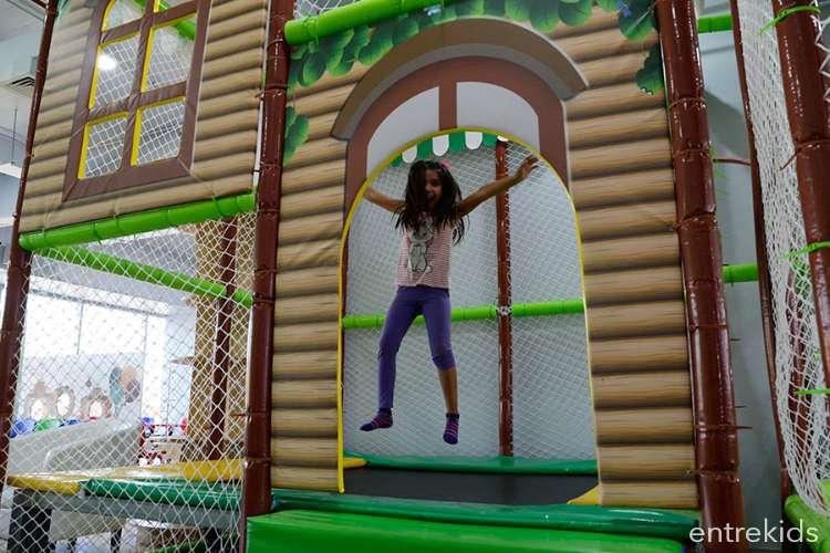 Celebra tu cumpleaños VIP en Parapekes (15 niños)