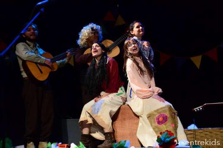 Una Parra Violeta - Ella y su música