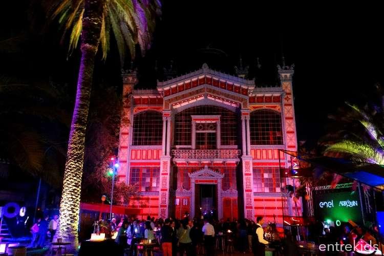 Una Noche de Luz en el Museo Artequin