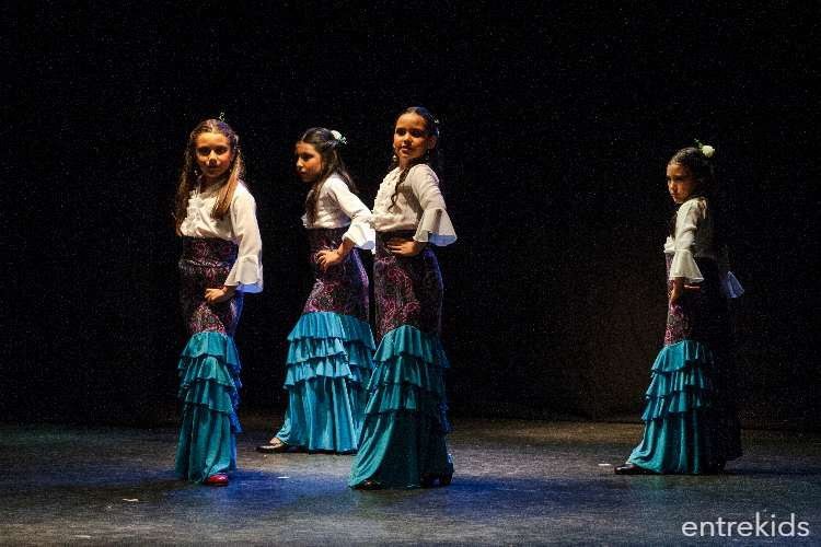 Clases de Flamenco Infantil Menor - Academia La Plazuela