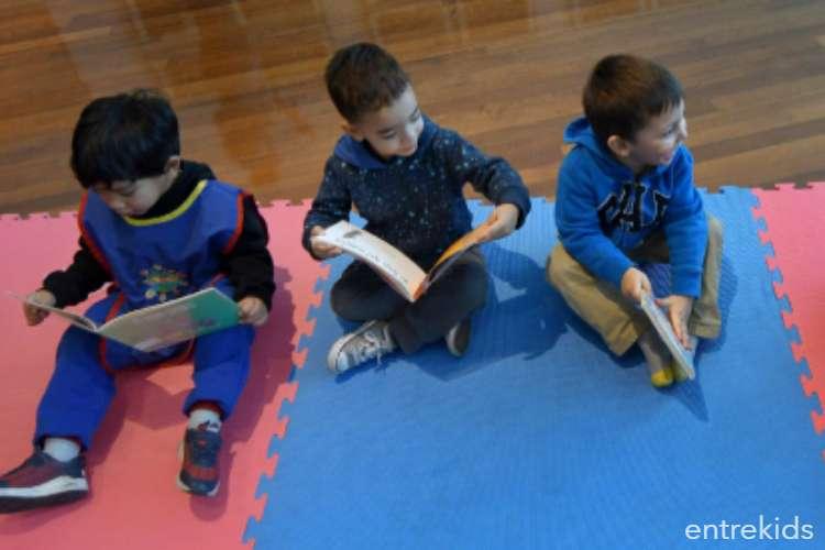 Junio de cuentos en BiblioGam