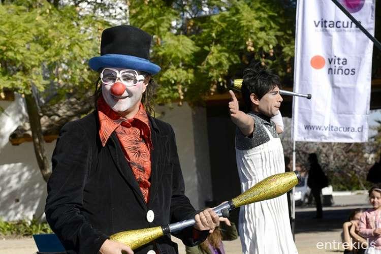 """""""Trilogía Clown"""" - Otoño en las plazas"""