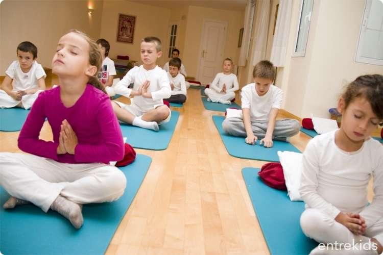 Disfruta tus vacaciones de invierno con clases de yoga
