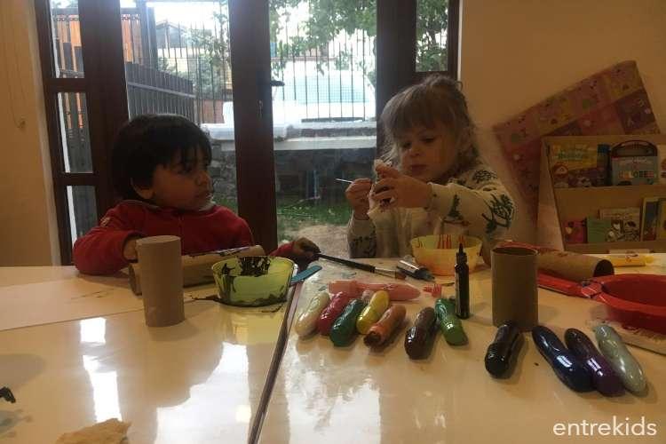 Babysitter en sala de juego