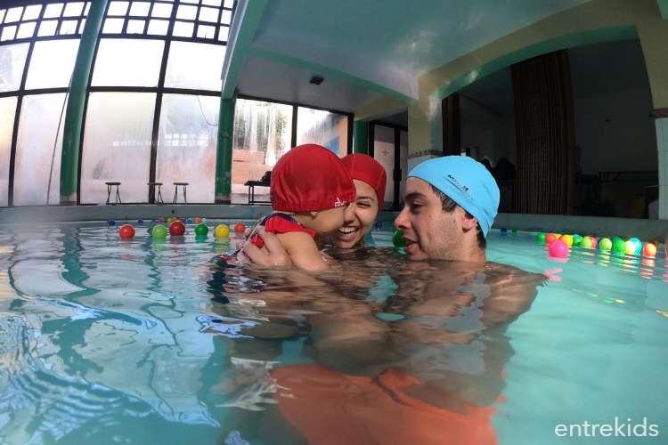 Clases de natación para bebés en Color Splash - La Reina