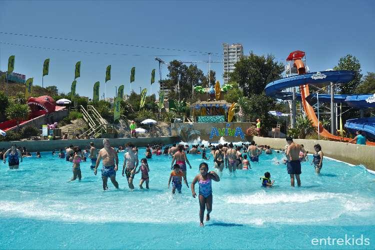 ¡Disfruta del agua en el Parque Acuático Aviva Viña!