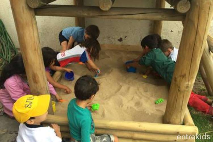 Summer Camp 2020 en Play and Learn