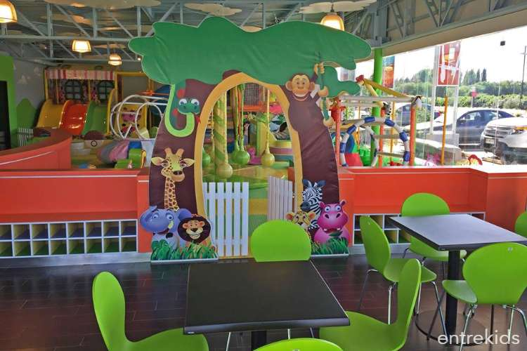 Juegos para niños en Yupi Jump Chicureo