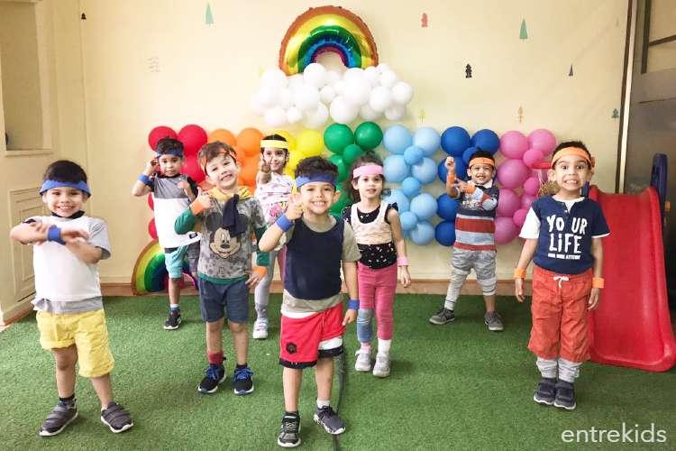 Un día de guardería en Rainbow Playhouse este verano