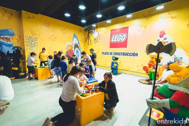 LEGO se toma la plaza central de Mall Marina Arauco Oriente