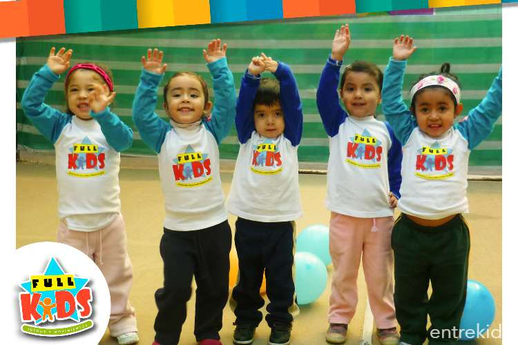 Juegos y movimientos con Full Kids online
