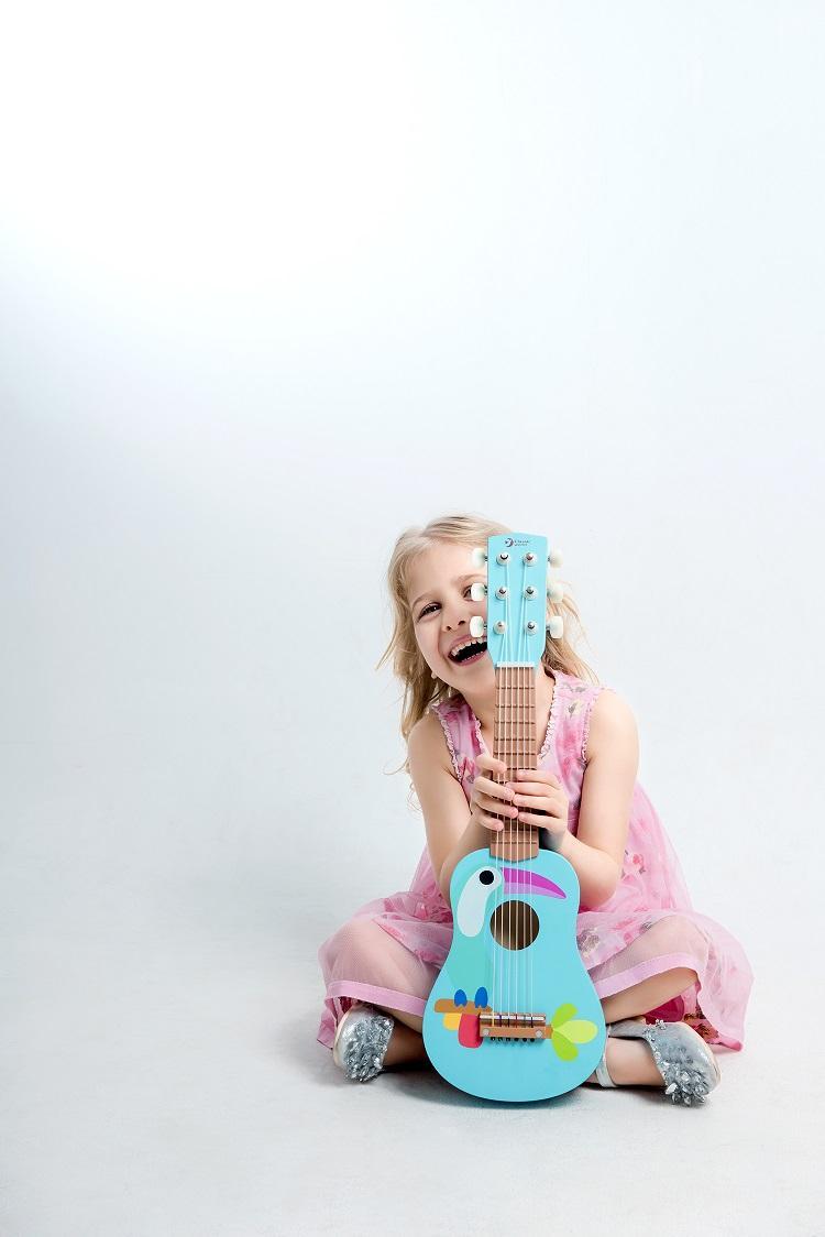 Guitarra Tucán