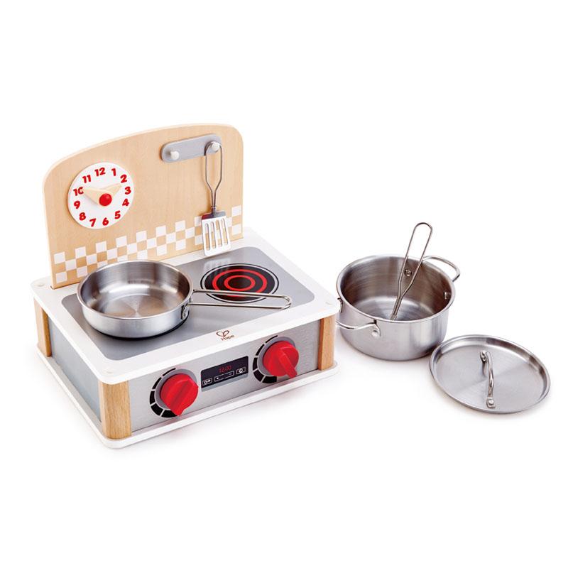 Cocina de madera pequeña