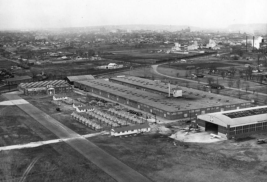 Adams Field, 1942