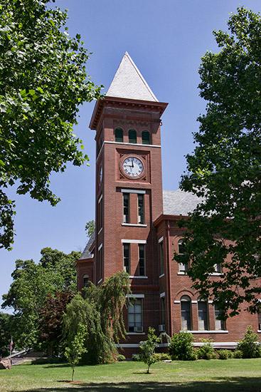 Woodruff County Courthouse