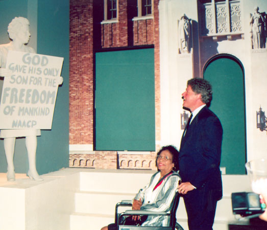 Daisy Bates with Bill Clinton