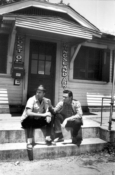 Johnny Cash (right) and Johnny Horton