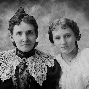 Mildred and Varina Cook