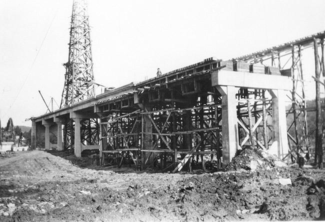 Cotter Bridge Construction