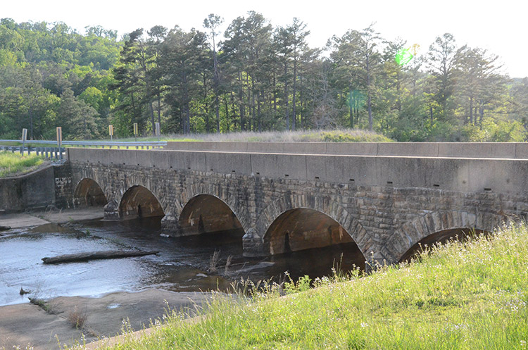 Cove Lake Spillway Dam/Bridge