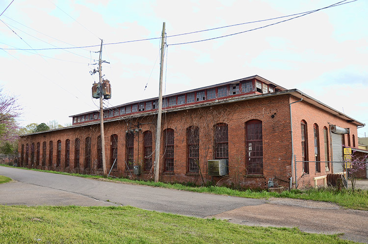 De Queen and Eastern Railroad Machine Shop