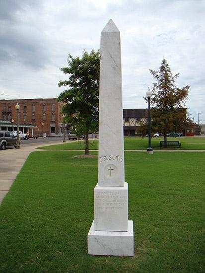 De Soto Monument