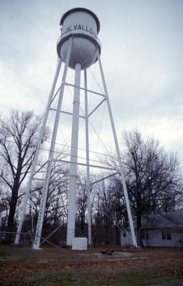DeValls Bluff Water Tower