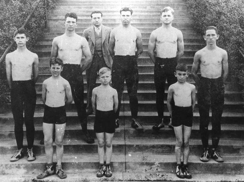 Wrestlers at School for the Deaf