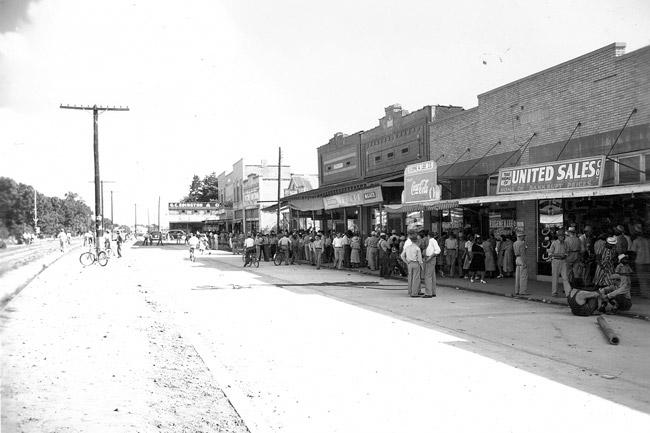 Dumas; 1941
