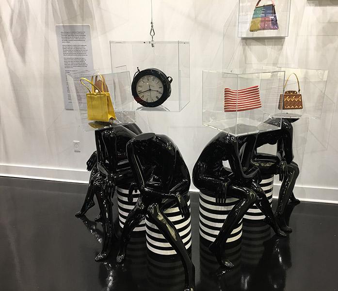 Esse Purse Museum Display