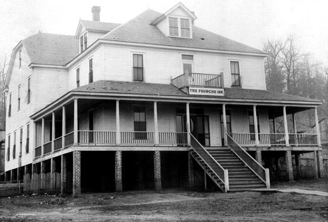 Fourche Inn