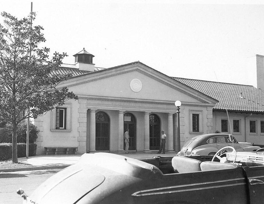 Bathhouse; 1953