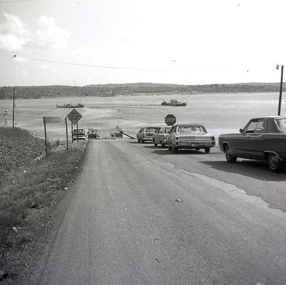 Norfork Lake Ferry