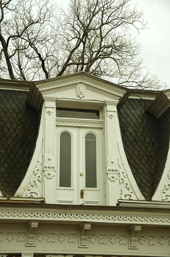 Hudson-Grace-Borreson House Detail