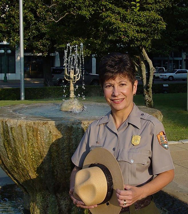 Josie Fernandez