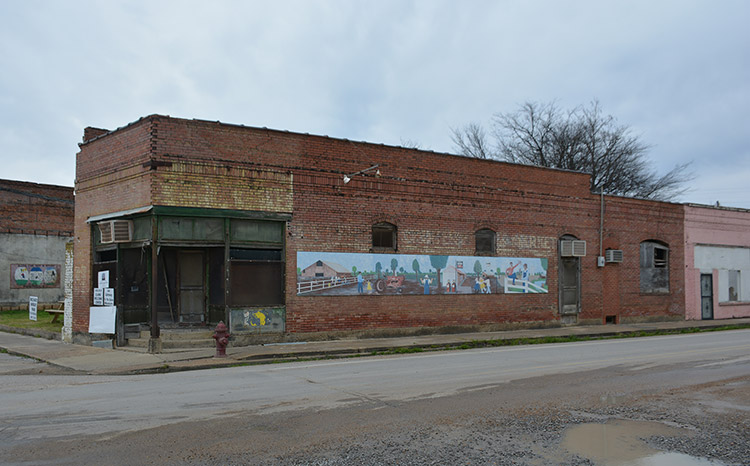 Lee Grocery Store