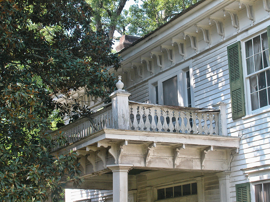 Magnolia Manor Detail
